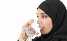 Permalink to Cara Minum Air yang benar ala Thibbun Nabawi